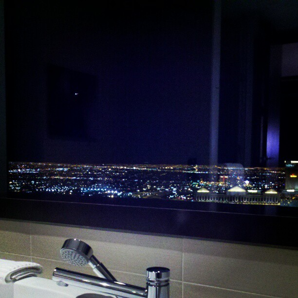 Bathtub #view #vegas (Taken with Instagram at Vdara Hotel)