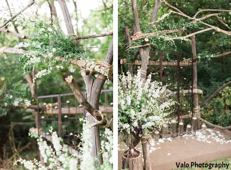 Wedding rustic arch