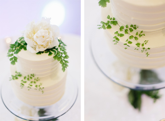 Maidenhair fern wedding cake