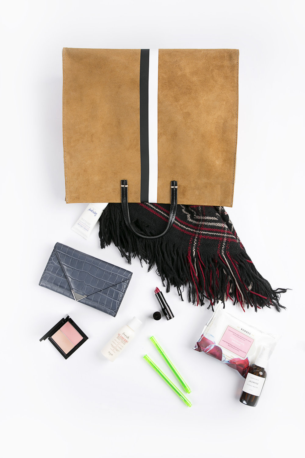 whats in your bag0592.jpg