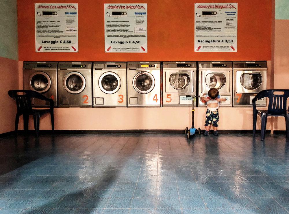 Giugio_Laundry.jpg