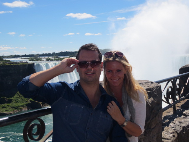 Kjartan and Lilja at the Niagara Falls