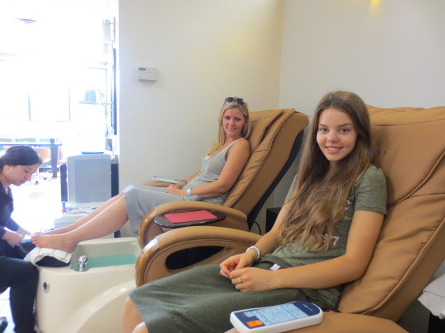 Lilja and Dora enjoying the pedicure and massage