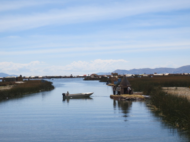 A tunnel entrance to the main Uros area