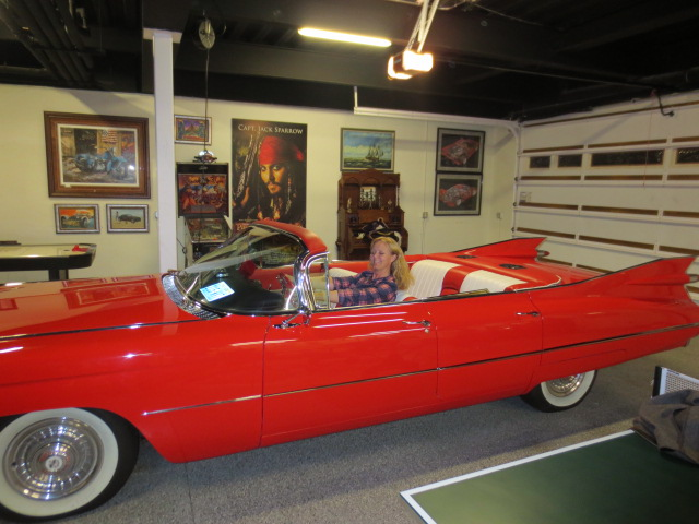 This Cadillac was in one of the garages.  Gudrun was really ready to take it for a spin - perhaps next time.