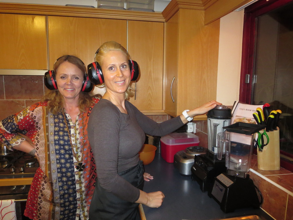 It is often very loud in Elfa´s kitchen as blenders play a big part in her cooking