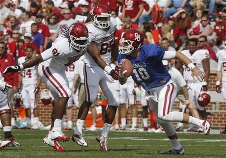 Oklahoma's 2013 starting quarterback... (Photo courtesy: bigstory.ap.org)
