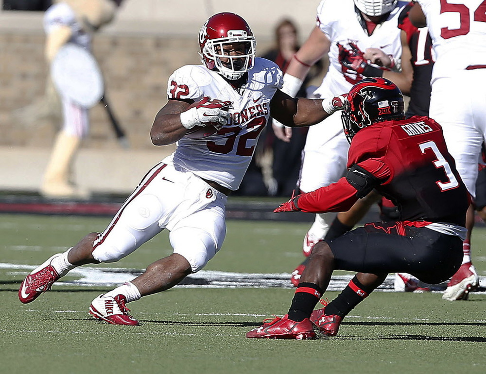 Samaje Perine doled out more than his fair share of punishment in Lubbock Saturday. (Image courtesy: dallasnews.com)