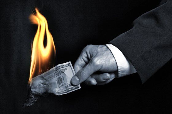 money-on-fire-560.jpg