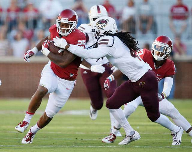 Joe Mixon rumbled for a healthy 8.4 yards per carry Saturday against Louisiana-Monroe.
