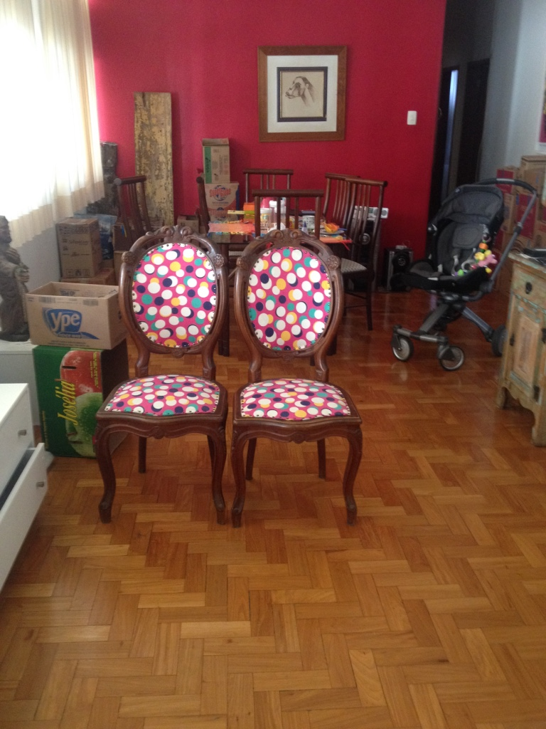 Móveis e objetos do apartamento antigo