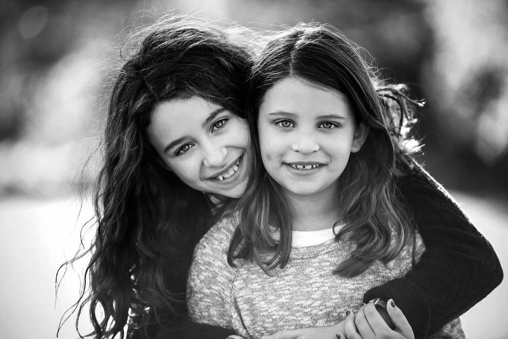 DSC_1654 sisters FINAL web.jpg
