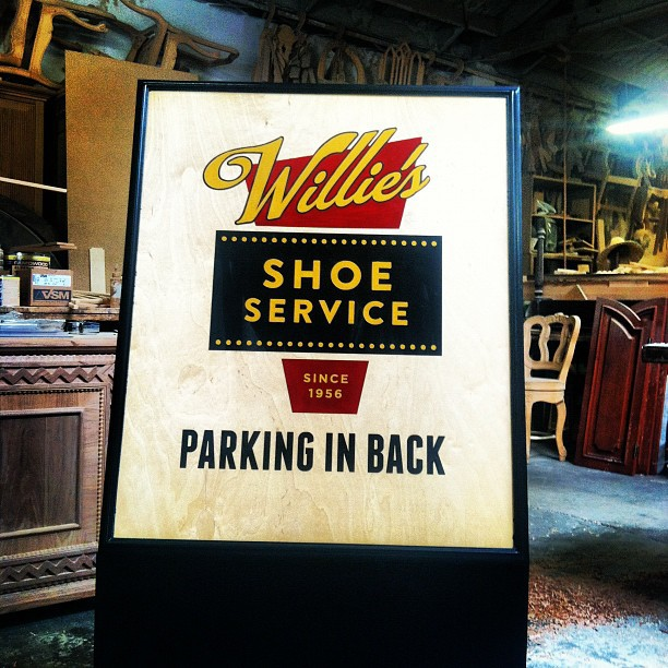 Willie's Shoe Service Sign