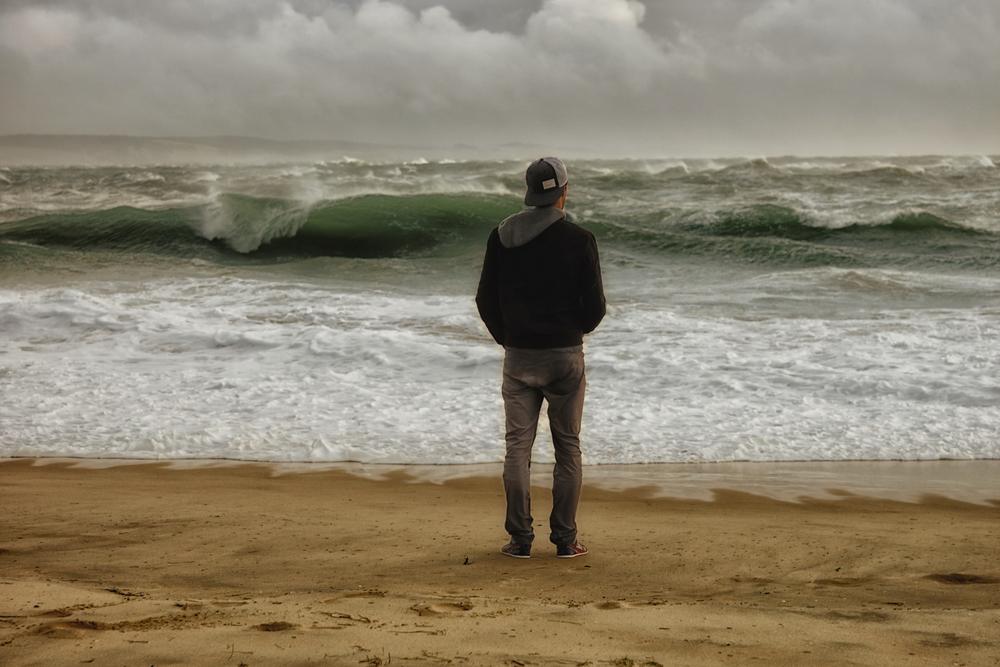 Contemplation des éléments. Pointe du Cap-Ferret 6 novembre 2013 © Thierry Lothon 2013