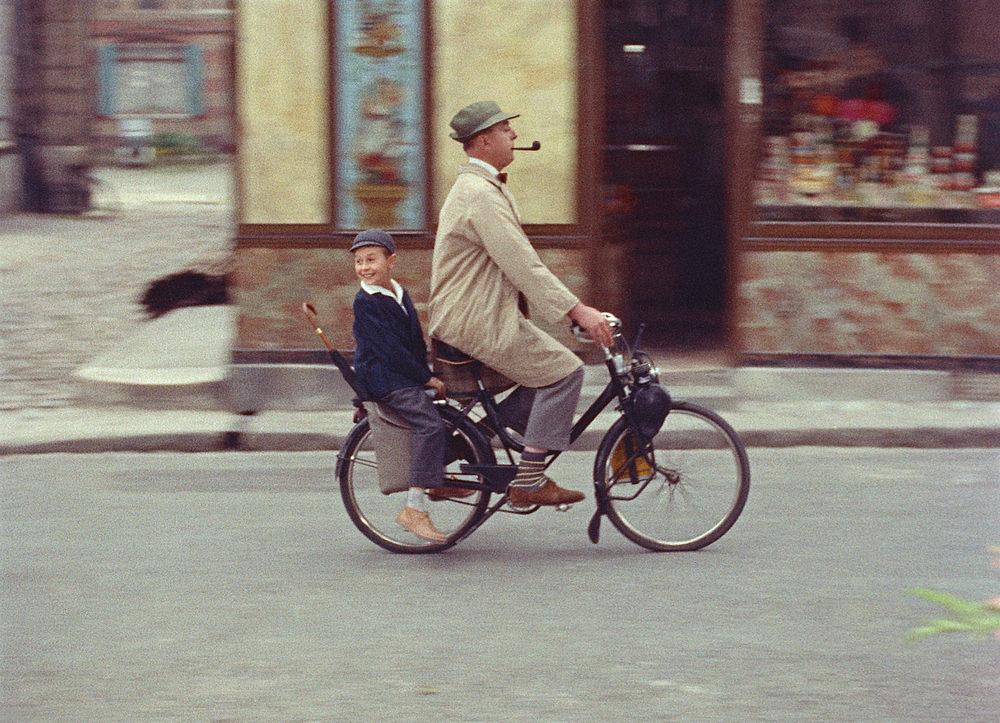 JacquesTati-EchappeeBelleDuPetitGerardEtDeMHulotMonOncle1958.jpg