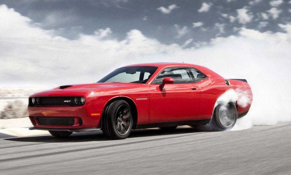 Ce à quoi ne ressemblera probablement pas la voiture Apple, Dodge Challenger Hellcat de 707 chevaux...