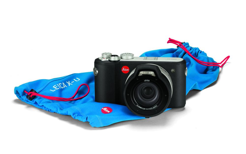 Leica_X-U_sleeve.jpg