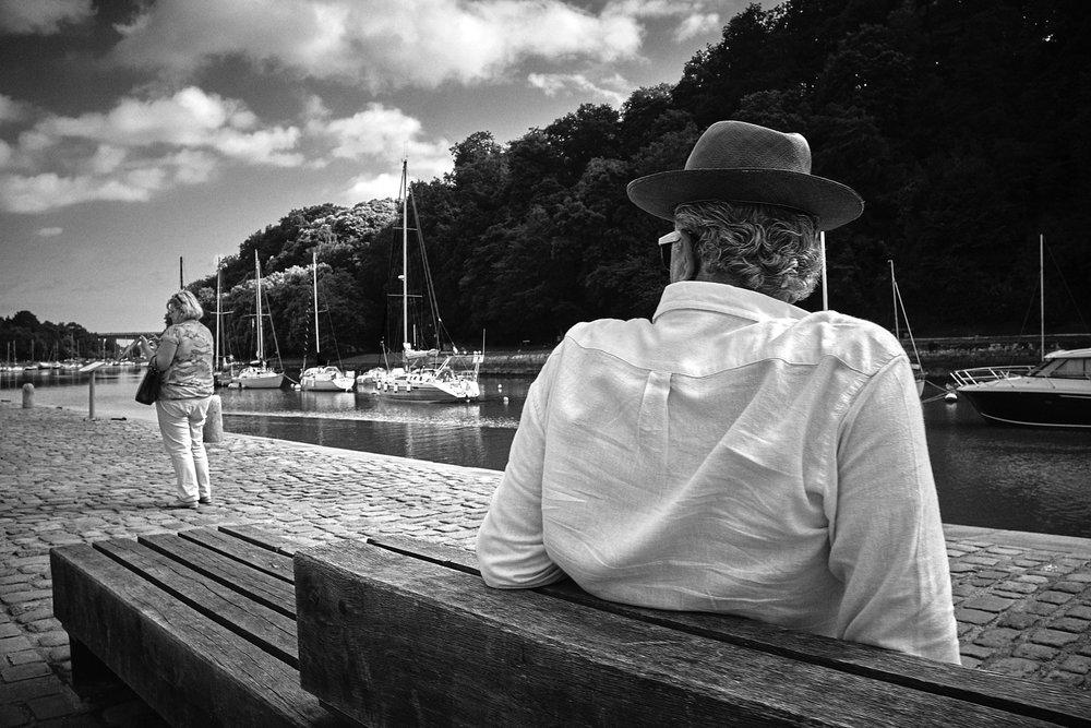 « La convoitise »… Port de Saint-Goustan, Auray, Morbihan, Bretagne, France  Photo prise avec un Fuji X-100T et de complément optique 28mm. Traitement numérique dans Capture One Pro.   ©Thierry Lothon 2016