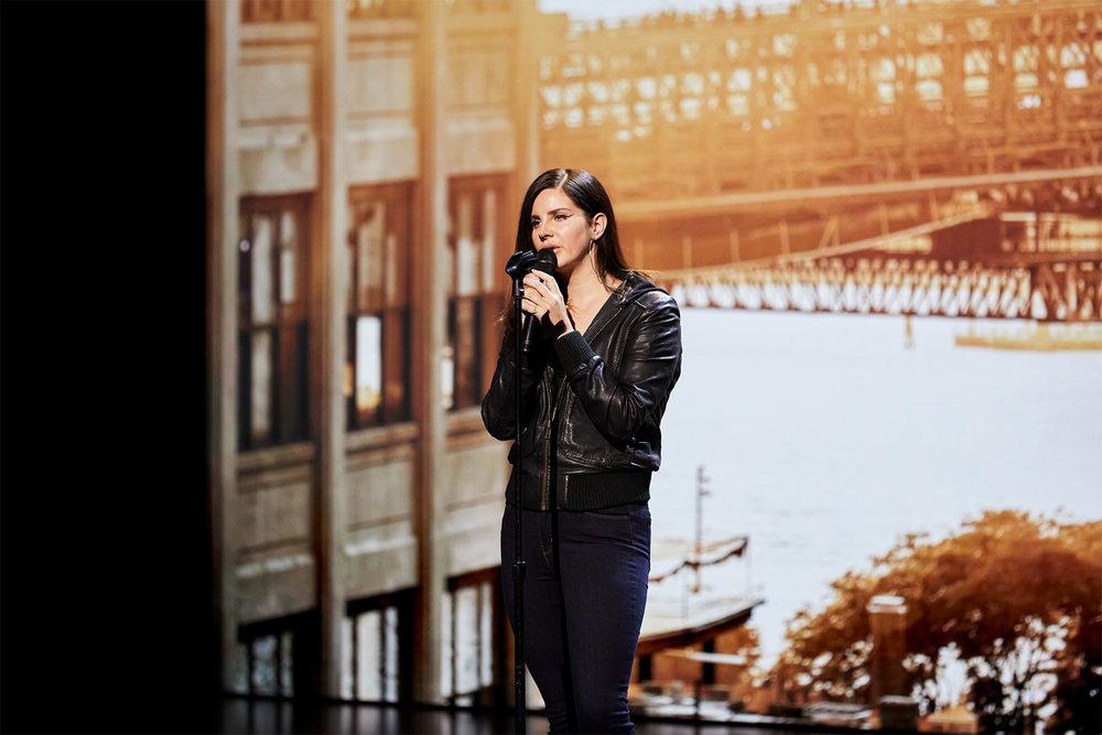Tim Cook à Lana Del Rey: « Non, c'est moi qui suis nerveux, toi tu es géniale »