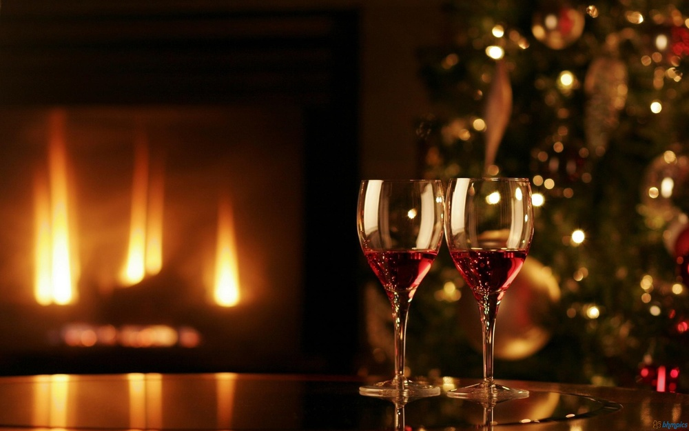 Christmas Wine Picture.jpg