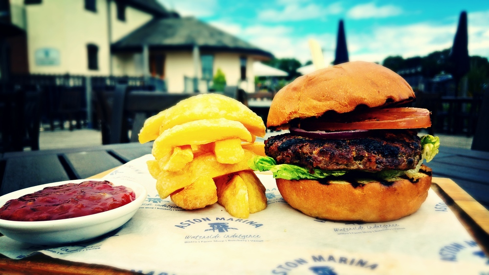 Great Taste Awards 2016 - 2 stars - Aston Marina Bearnaise Beef Burger