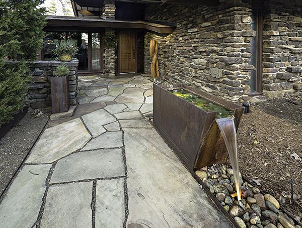Front Entrance 8742.jpg