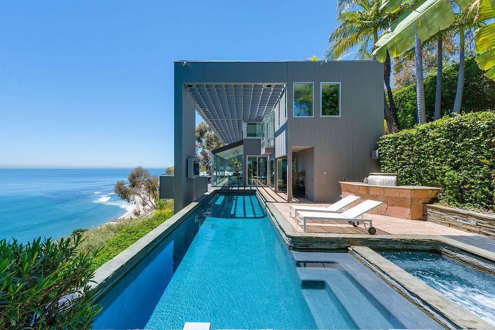 Malibu Pool.jpg