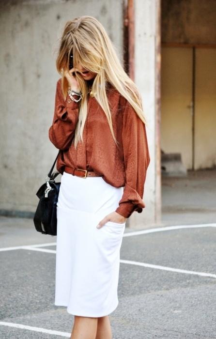 white-skirt-cognac-brown-blouse-black-bag1.jpg