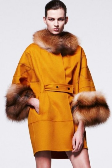 j-mendel-cappotto-yellow-misted.jpg