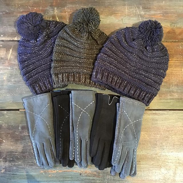 It must be your lucky day, because we just got in everybody's favorite winter accessories...definitely on the Shoppe's top ten gift ideas (for you or a friend...) Careful, these go fast! Here until 5! #snow #winter #weather #cozy #gift #idea #instagood #musthave #pvd #style #providence #stylepioneer @we_are_pvd @goprovidence #401 #lucky #best #ever