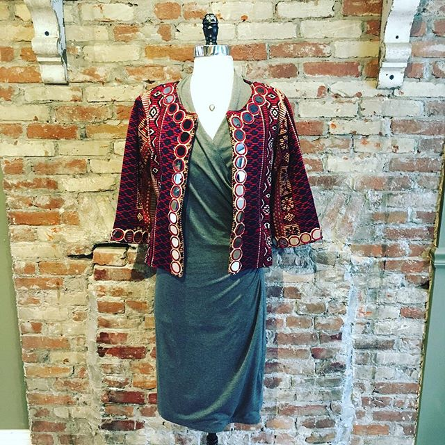 Whether for holiday, or everyday, this mirror glass embellished jacket and jersey ruched dress will set you apart from the crowd. Come see us until 6 style setters.  #unique #one #of #a #kind #holiday #dress #instagood #ootd #love #shoplocal #pvd #providence #boutique #life #live #breathe #style #shoppepioneer #stylepioneer