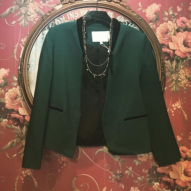 This lean, mean, green little number just arrived. The black velvet detail on the collar and pockets make her pop! Here until 6! #blazer #instagood #fall #classic #ootd #style #love #need #this #now #pvd #providence #rhodeisland #style #shoplocal #shoppepioneer