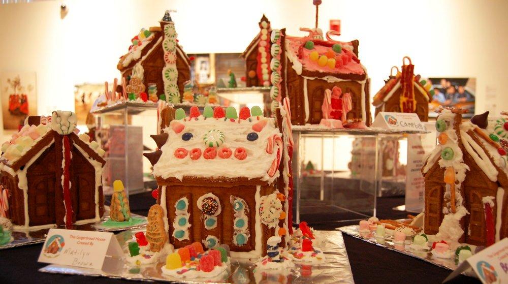 HMA 2016 gingerbread house crop.JPG