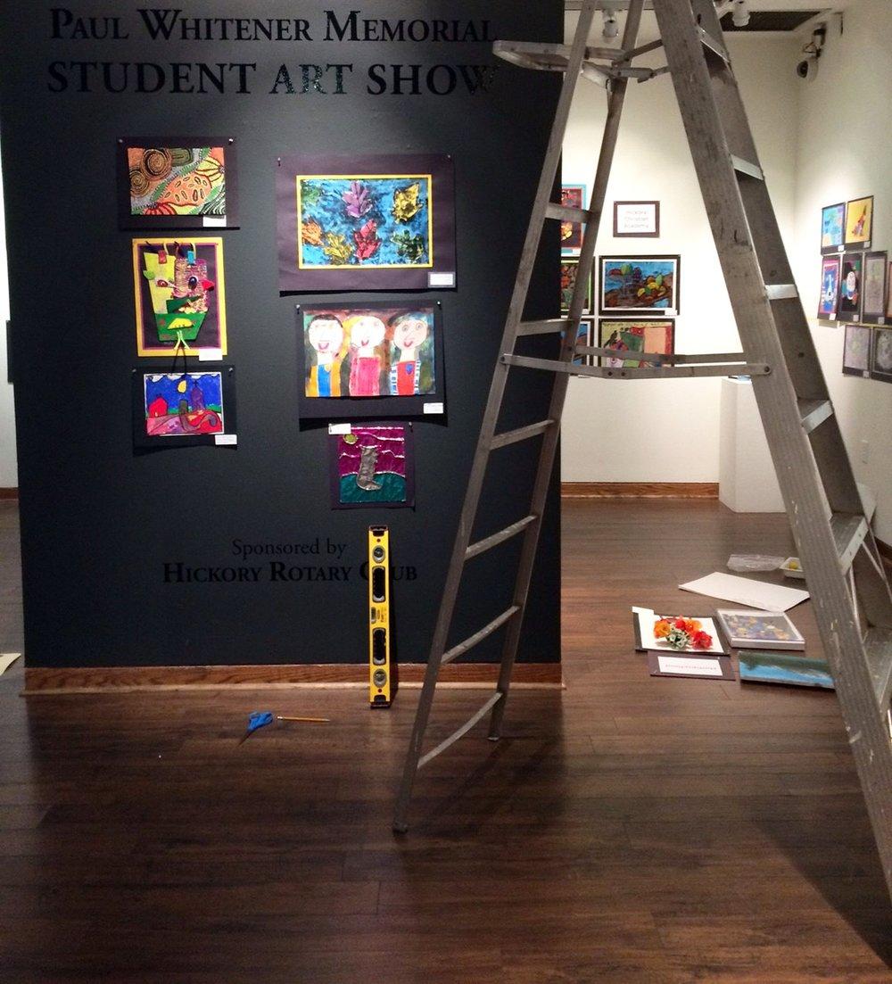student_showhanging4.jpg