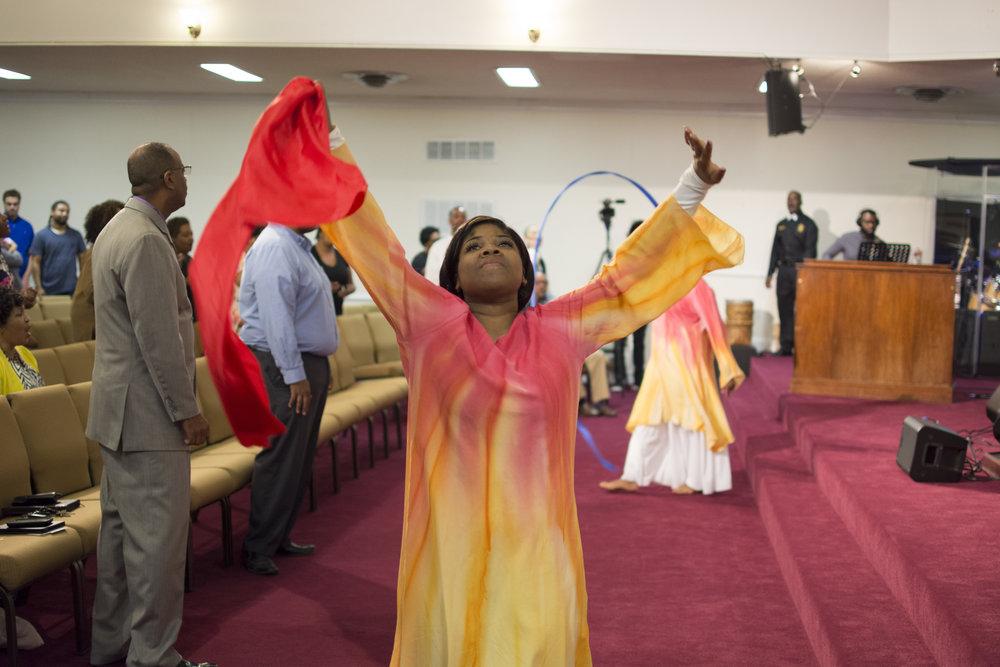 2016-0424-dance-and-worship-service-dsc_4861_26018684684_o.jpg