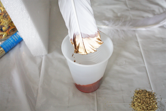 Как покрасить перо в домашних условиях
