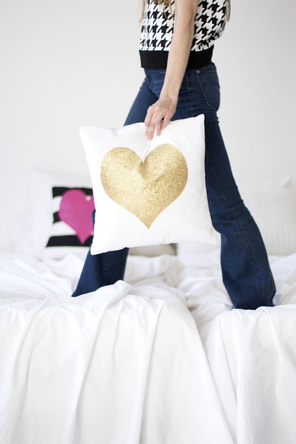 DIY Glitter Heart Pillow