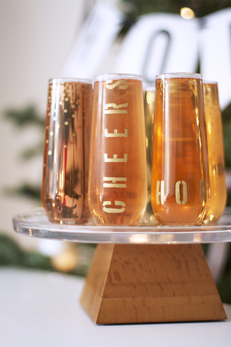 DIY Gold Champagne Flutes