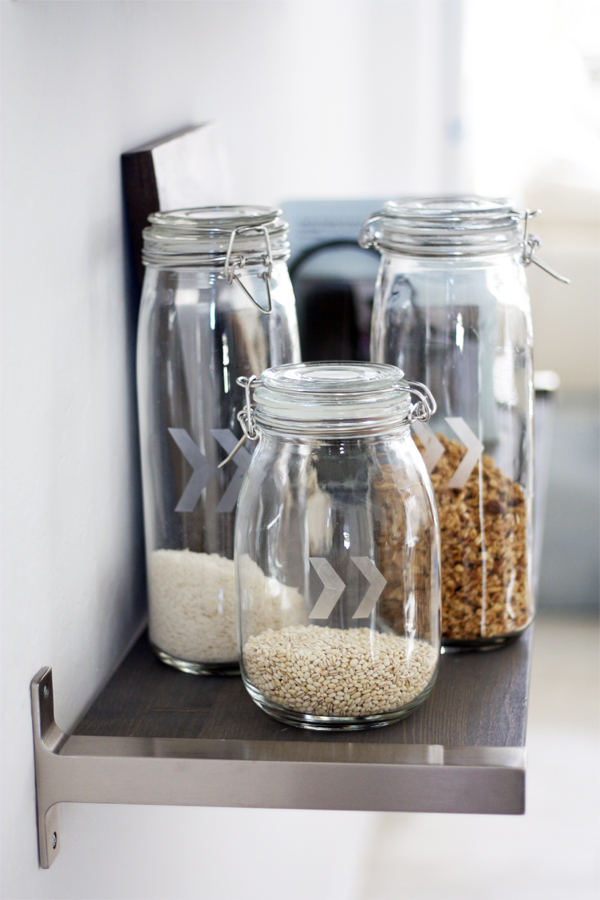 Arrow Jars