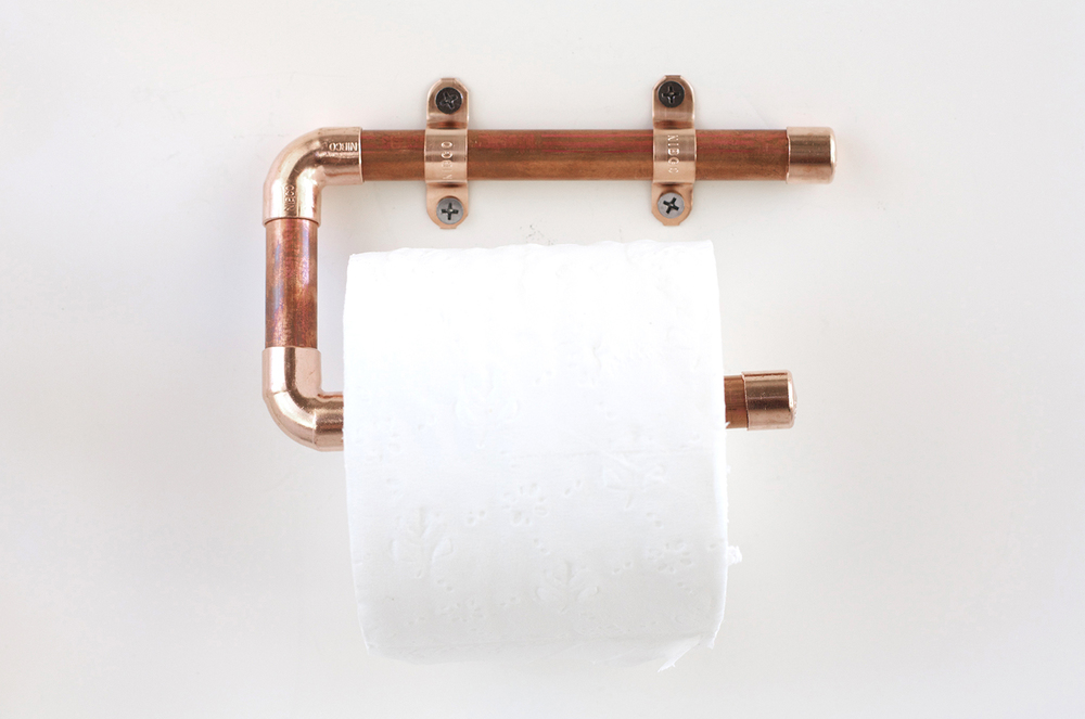 Copper pipe toilet paper holder kristi murphy diy ideas for Copper pipe projects