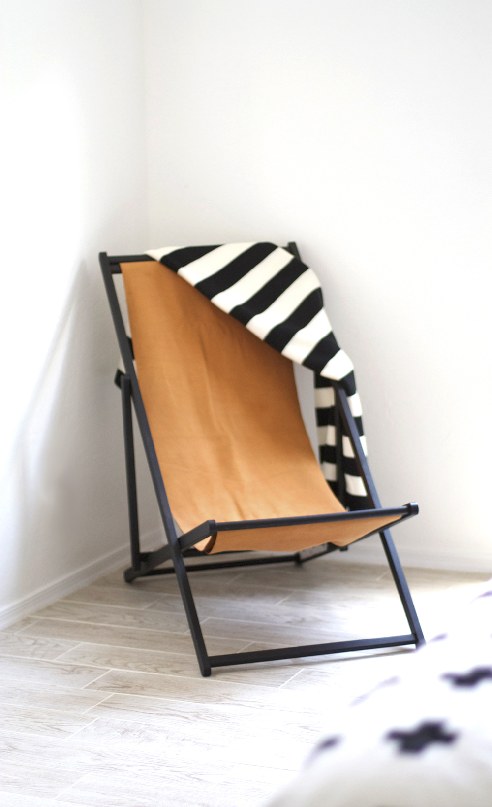 diy leather sling back chair