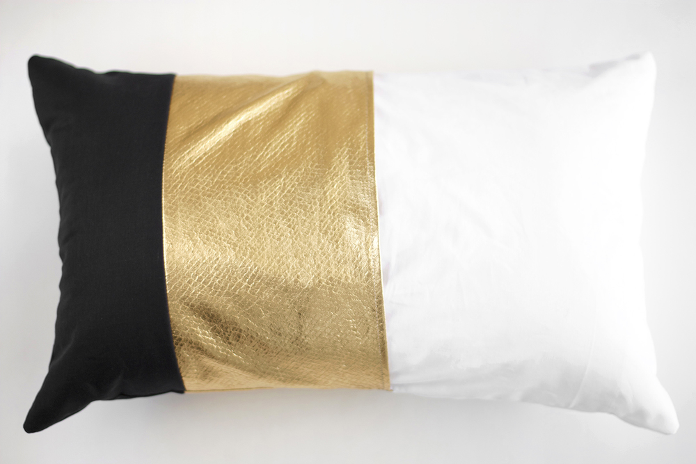 gold pillow DIY