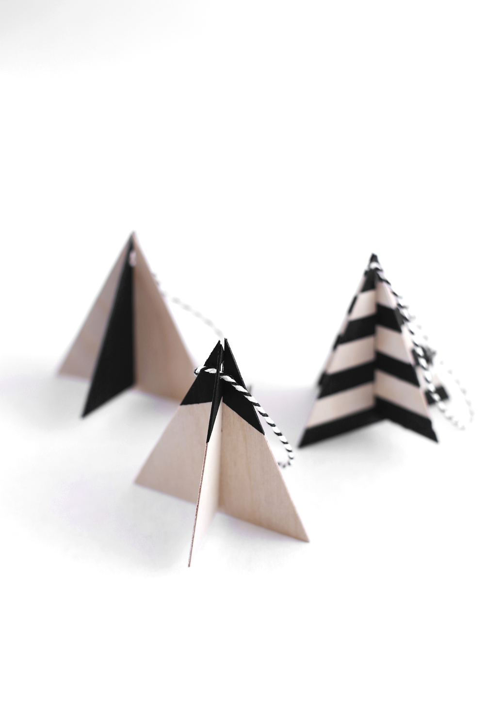 Small wooden christmas tree ornaments - Diy Wood Ornaments