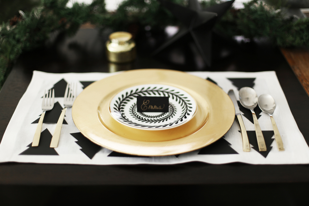 DIY Christmas placemats