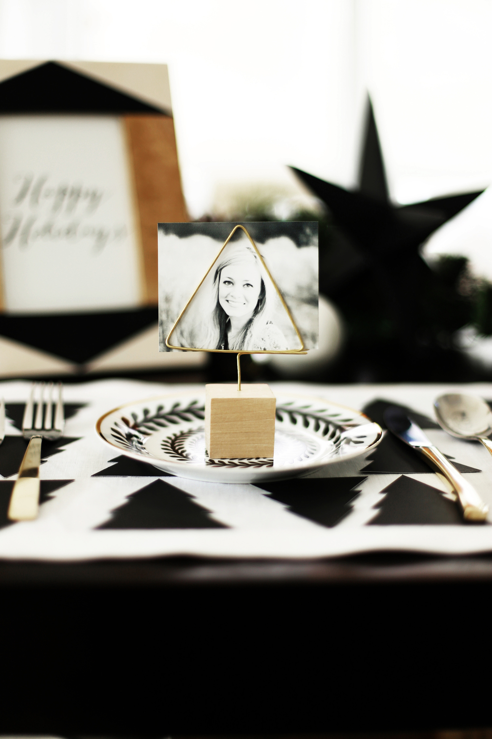 Diy christmas tree place cards holders kristi murphy Christmas place setting ideas