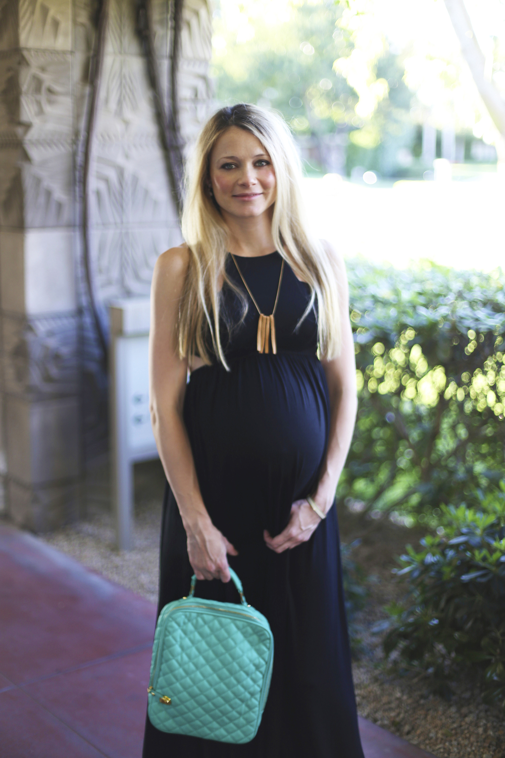 006ba5d2c4299 What To Wear On Your Babymoon — Kristi Murphy | DIY Blog