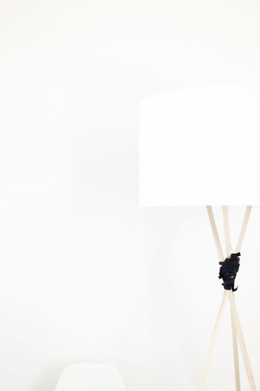 Diy this tripod lamp ikea hack style kristi murphy for Diy floor lamp ideas