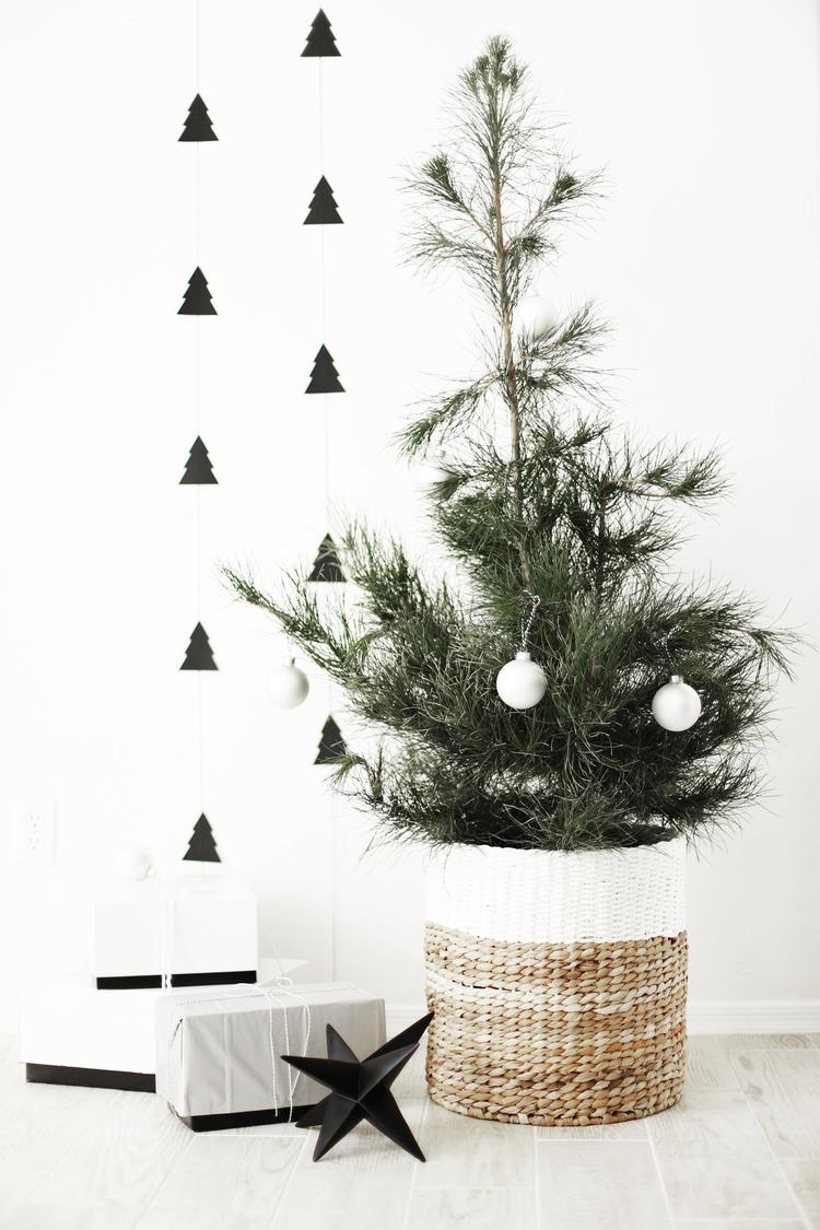 Diy Christmas Tree Garland A Charlie Brown Tree Kristi Murphy