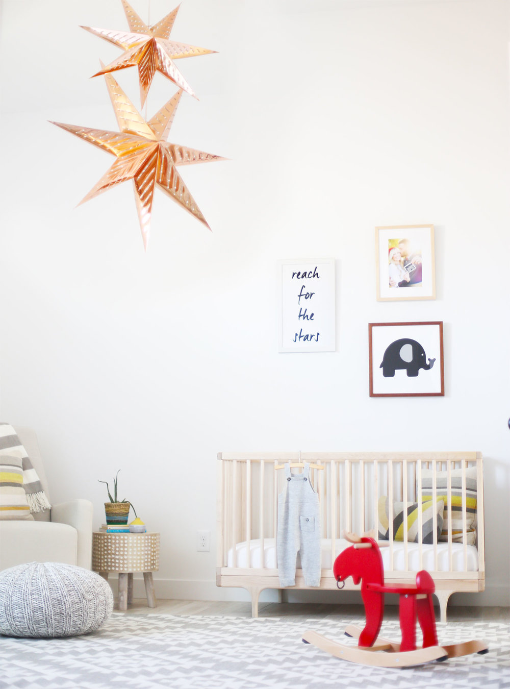 chic nursery decor