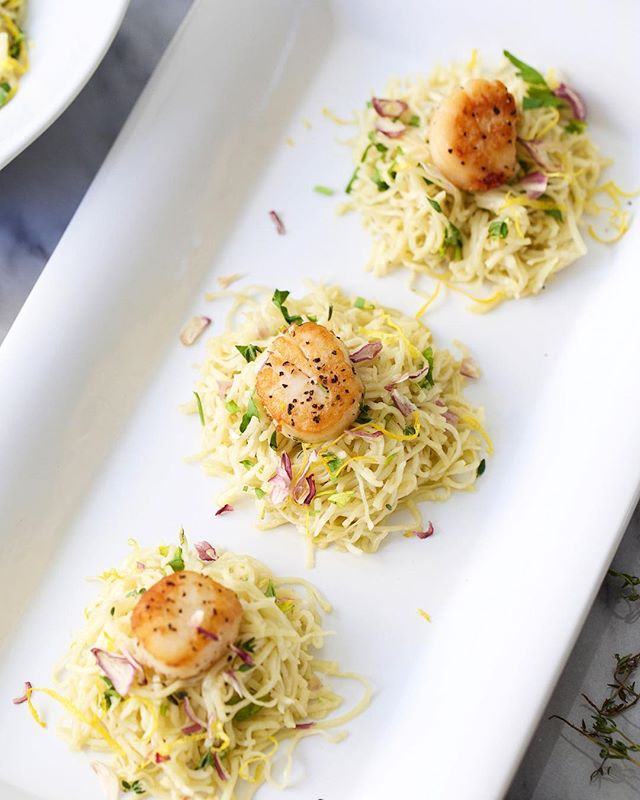 Lemon Butter Capellini Nests with Seared Scallops. The capellini is homemade, but you don't have to go that far on a Tuesday. 😜Link in profile. #lifestyleblogger #azblogger #arizonablogger #dinner #dinnerideas #dinnerparty #homemadepasta #pasta #capellini #feedfeed #instayum #homemadenoodles #scallops #foodbloggerpro #easyrecipes #eeeeeats #recipe #buzzfeedfood #onthetable #eatingfortheinsta #kristimurphy #diyblogger #forthemaking #kitchenaid